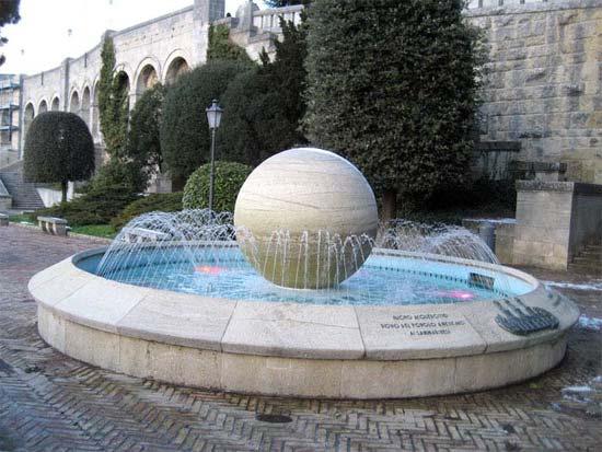 Suihkulähde San Marinossa