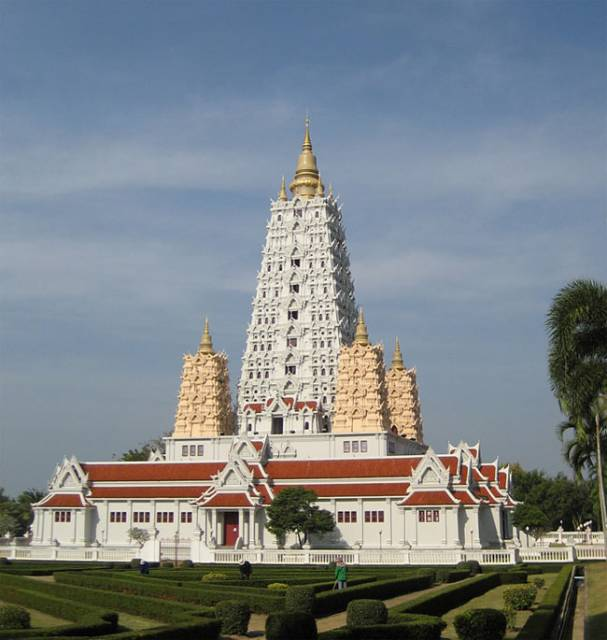 Wat Yansangwararam temple in Pattaya
